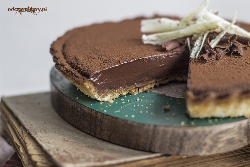 kremowa tarta czekoladowa