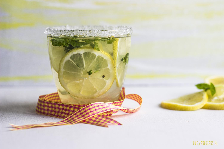 idealna lemoniada cytrynowa