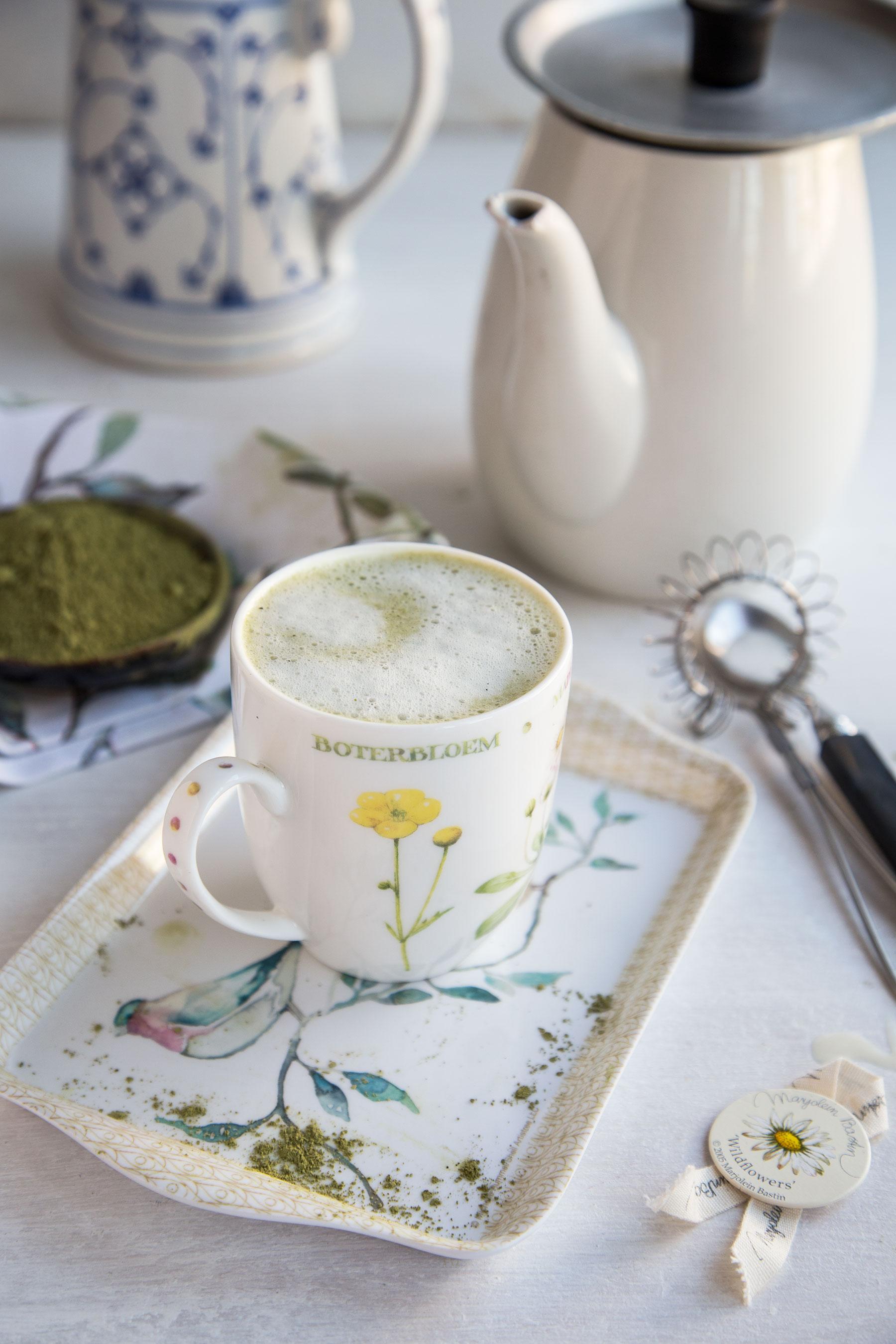 Waniliowa matcha latte