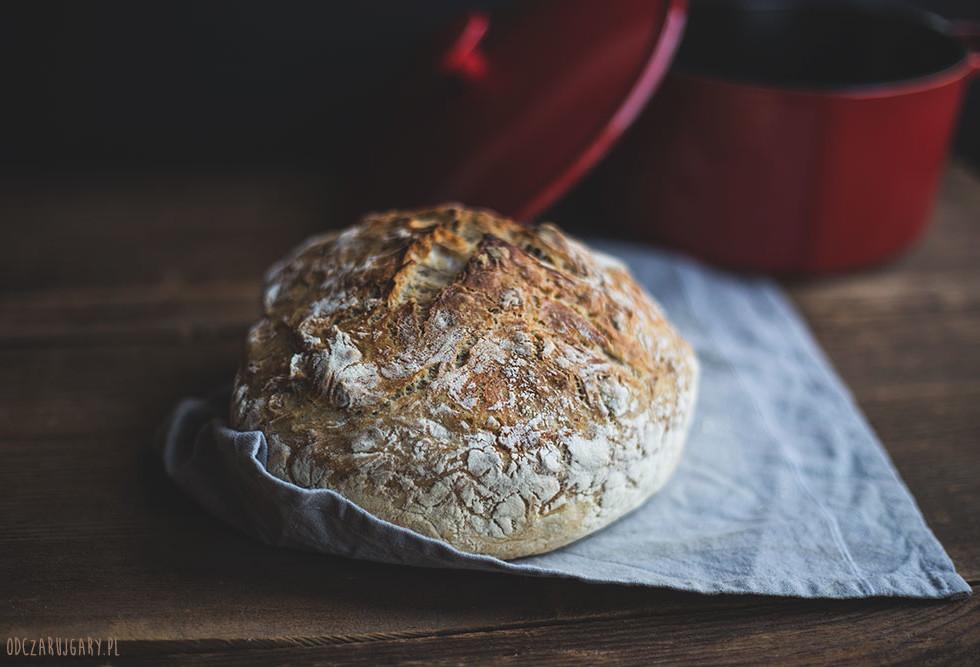 chleb z orzechami
