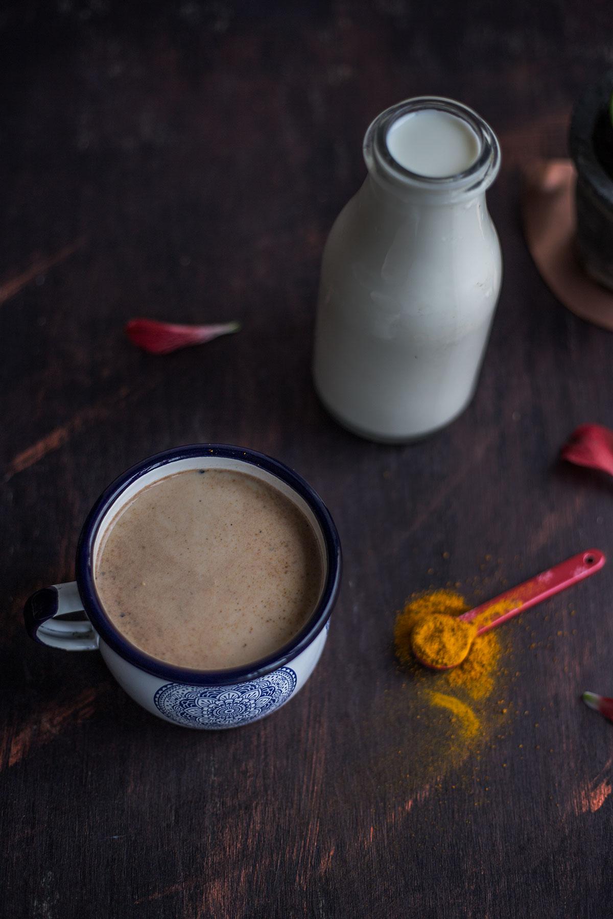 Kakao z kurkumą